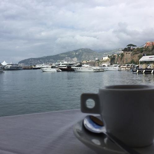 Da Ruccio per una pausa caffè vista mare